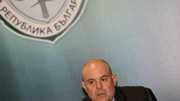 Кметът на Костенец е обвинен за предлагане на подкуп от 30 000 лева