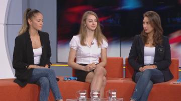 Златните момичета: Невяна Владинова, Катрин Тасева и Боряна Калейн пред БНТ