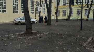 15-годишно момче почина в Английската гимназия в Русе, разследват самоубийство