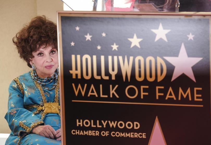 Джина Лолобриджида със звезда на Алеята на славата в Холивуд (СНИМКИ)