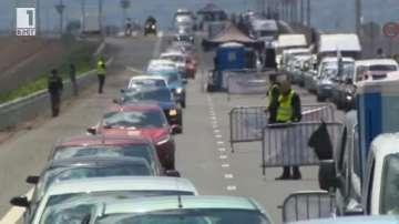Над 1500 автомобила изминаха 3 км в колона за рекордите на Гинес