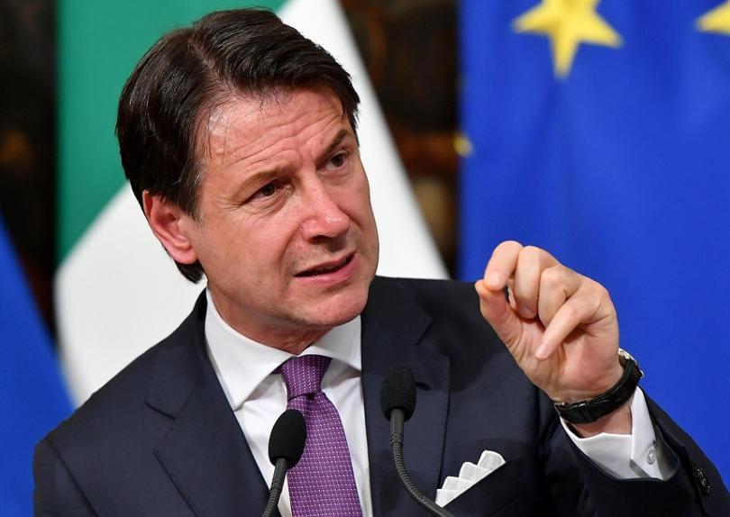 Италианският премиер Джузепе Конте заплаши да подаде оставка, ако коалиционните