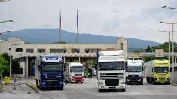 Гръцките власти ограничават движението по границата с България заради времето