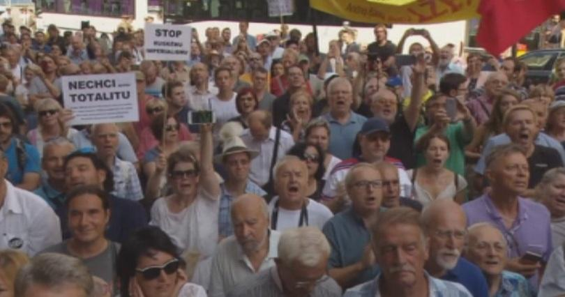 Седем кинематографисти от Чехия започнаха гладна стачка в подкрепа на