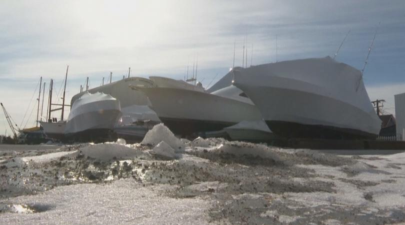 Снимка: Студът в САЩ попречи и на риболова