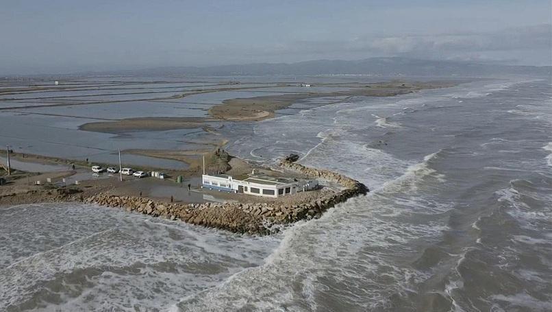 Увеличава се и броят на жертвите на бурята Глория. Загиналите