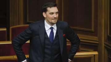 Премиерът на Украйна подаде оставка след скандал