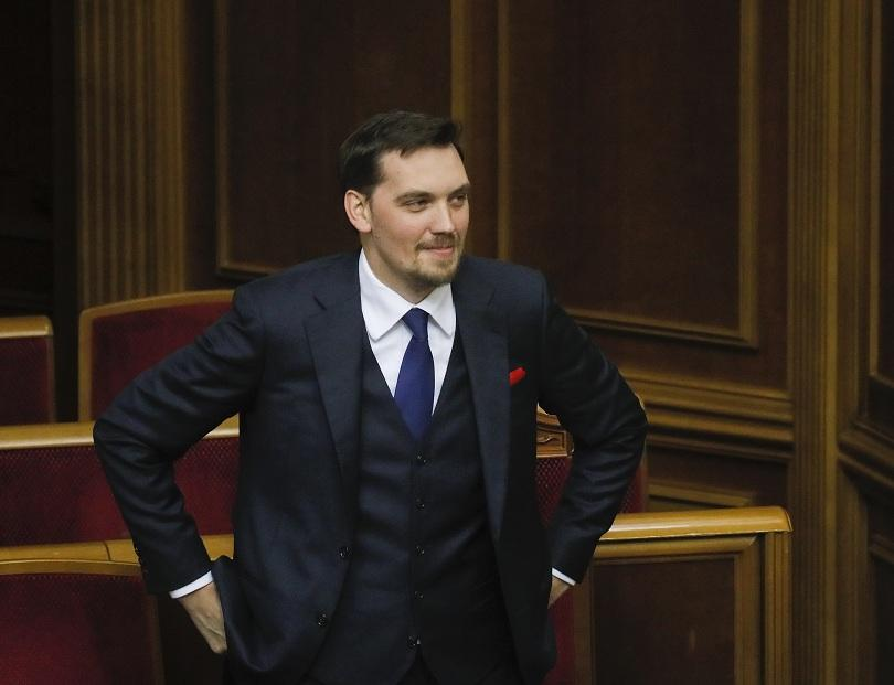 Политическа буря в Украйна - най-младият премиер в историята на