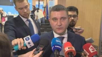 Министри от кабинета коментират критиките на президента