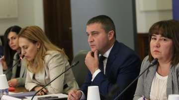 Горанов: През април България ще получи покана за чакалнята на Еврозоната