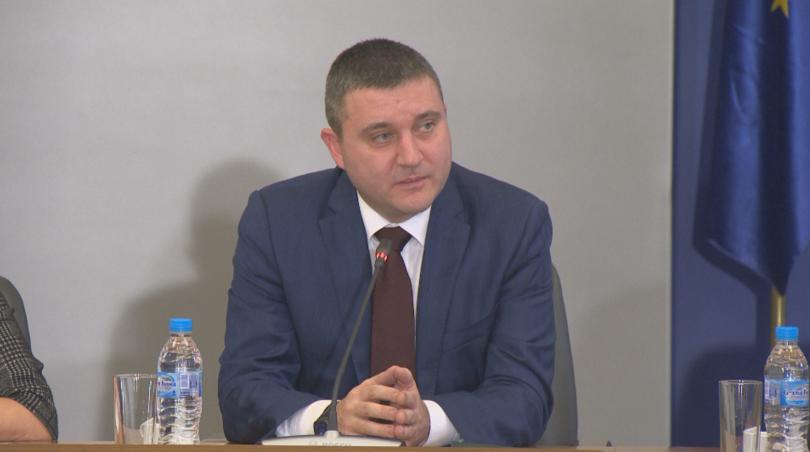 Нови обсъждания на наредбата за касовите апарати започнаха от Министерството