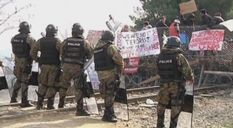 македонски войници откриха огън границата гърция спрат мигранти