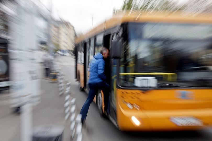 Градският транспорт в София със специално разписание за празничните дни