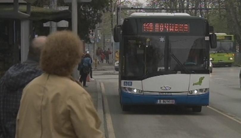 Електронните табла на спирките във Варна не дават информация за