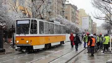 """Пуснаха пробно трамваите по ул. """"Граф Игнатиев"""" в столицата"""
