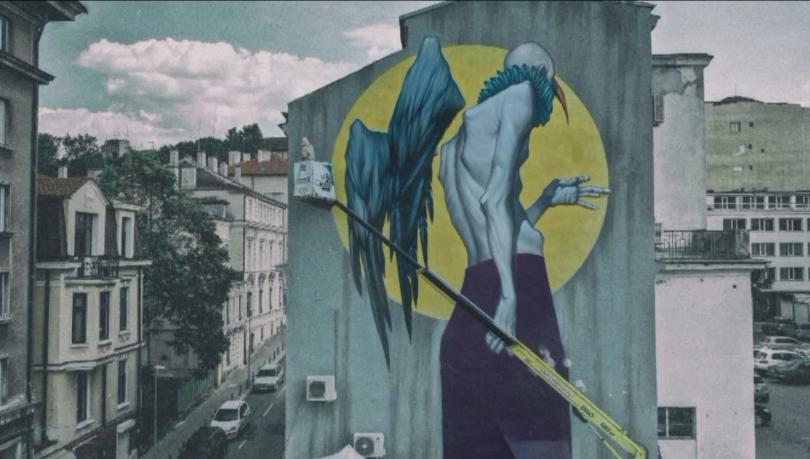 Сградите на София оживяват с нови смели графити на големи