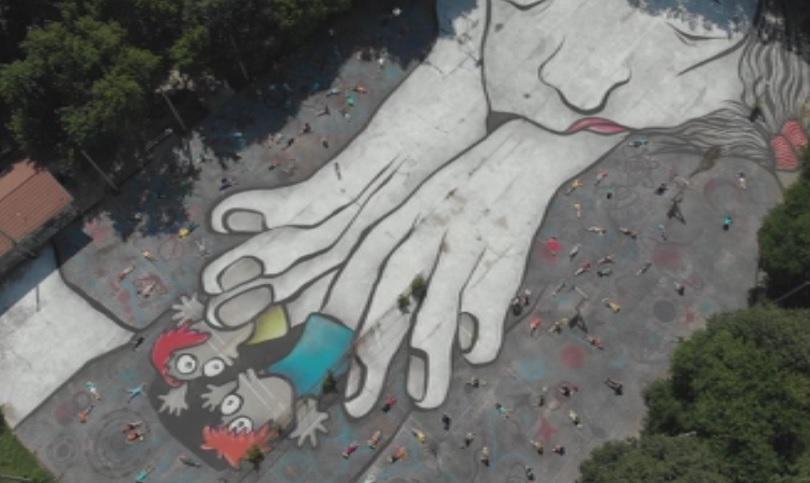 Прочути графити артисти от Франция направиха мащабно изображение в пловдивски
