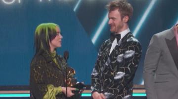 Били Айлиш е голямата победителка на наградите Грами