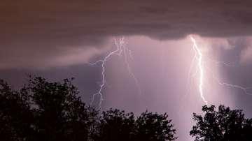 Жълт код за опасно време в 19 области на страната