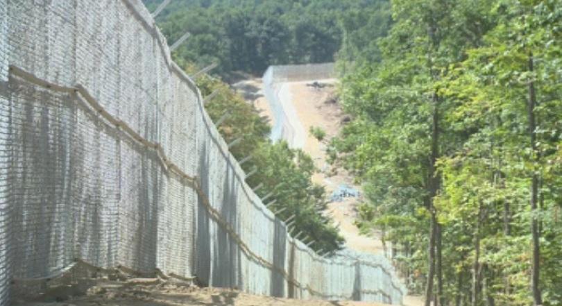 леко увеличение мигрантския поток гръцката граница