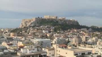 От днес в Гърция поскъпват цигарите, бензинът и кафето