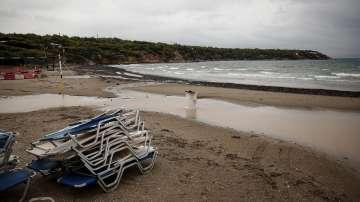 Циклонът Зорба удари Гърция с по-малка сила от очакваното