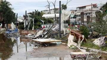 7 са вече жертвите след бурята в Халкидики, над 100 души са ранени