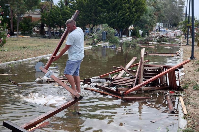 Бурята на полуостров Халкидики премина, постепенно се възстановява снабдяването с