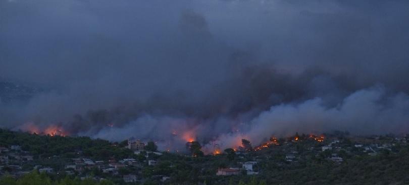 снимка 1 Гръцките власти имат сериозни индикации, че пожарът край Атина е бил умишлен