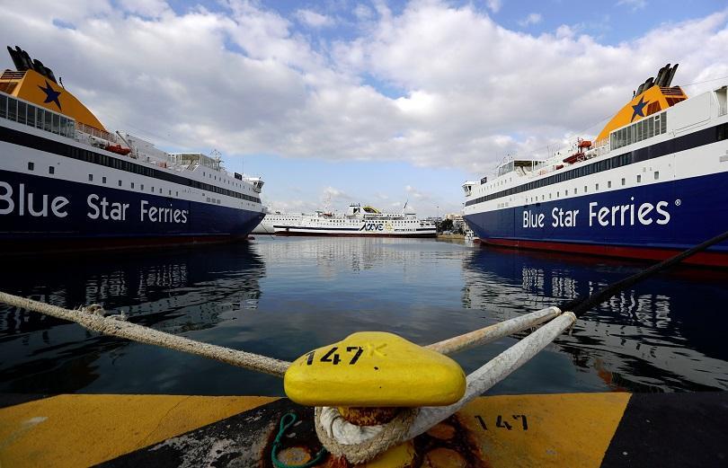 проблеми фериботите гърция заради ураганен вятър