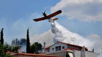 Жега и силни ветрове създават опасност от пожари в Гърция