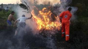 Гръцките власти смятат, че пожарите са по организиран план