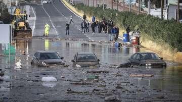 Няма данни за пострадали българи при наводненията в Гърция