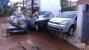 Порои и урагани взеха три жертви в Гърция (СНИМКИ)