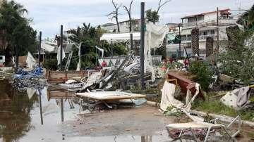Халкидики се възстановява след бурята, няма отлив на български туристи