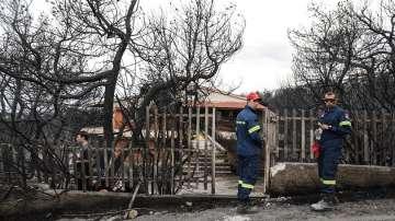 Гръцки политици: Има доказателства, че умишлен палеж е причинил пожарите