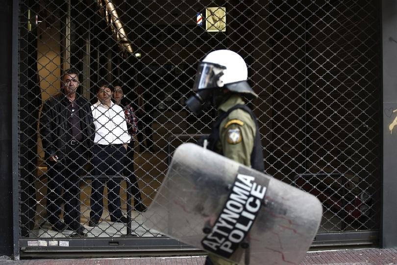 През последните две седмици в Атина са арестувани 167 души