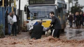 Национален траур в Гърция в памет на жертвите от наводненията
