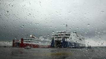 Бурята Зорба донесе проливни дъждове и силен вятър в Южна Гърция