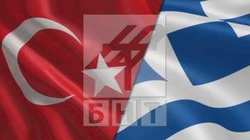 Изслушаха само един от арестуваните турски пилоти в Гърция