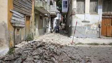 10 души са ранени при земетресението, което разтърси Гърция и Турция