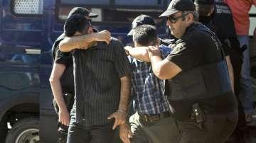 Гърция търси по-бързо решение на казуса с турските военни