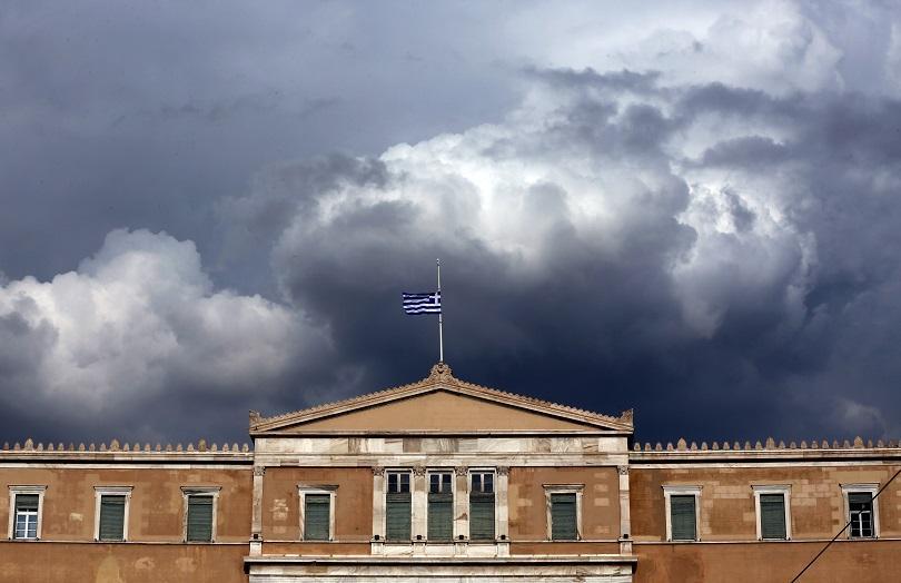 гръцкият президент официално разпусна парламента изборите юли