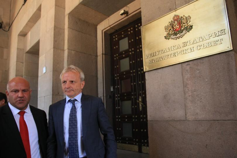 Опит да пресекат един от най-големите проблеми на българския професионален
