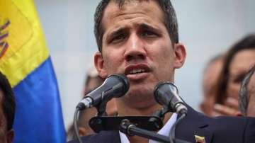 Разследват Хуан Гуайдо за връзки с колумбийски трафиканти