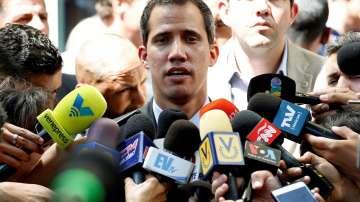 """Хуан Гуайдо нарече присъствието на руски и кубински военни """"интервенция"""""""