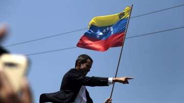 Хуан Гуайдо се завърна във Венецуела
