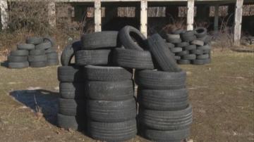 Незаконно сметище от гуми край хасковското село Конуш