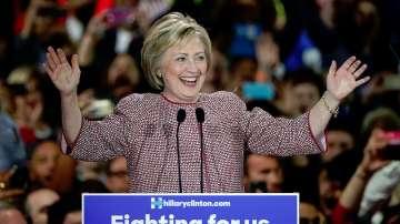 Хилари Клинтън и Доналд Тръмп печелят първичните избори в Ню Йорк