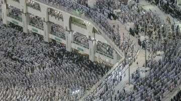 Катар се оплаква, че Саудитска Арабия възпрепятства участието в хаджа